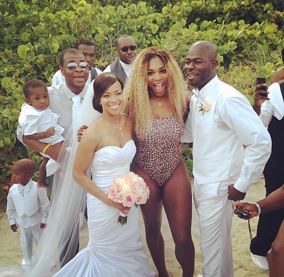 serena-williams-crashes-wedding