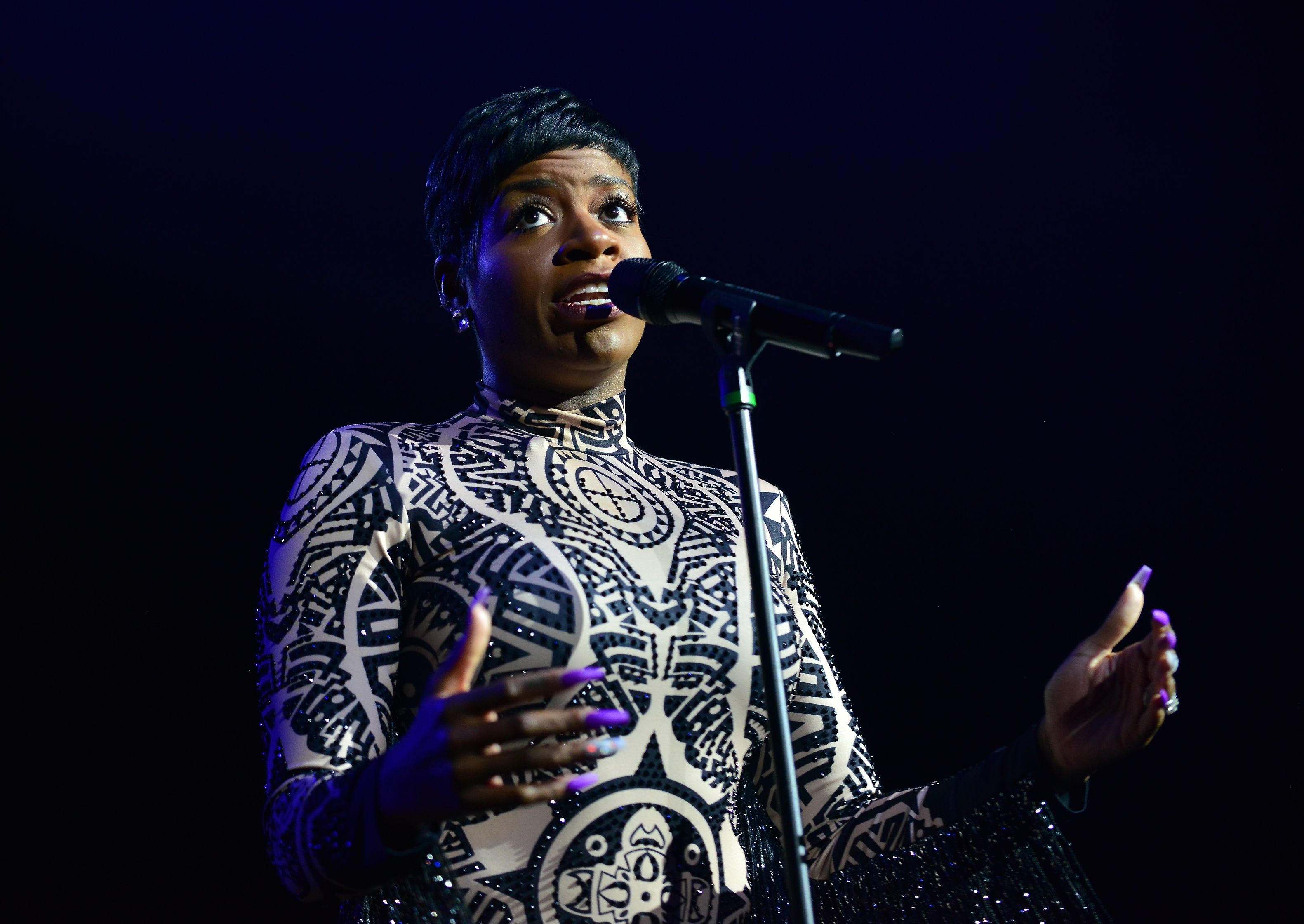 Charlie Wilson With Special Guest Fantasia perform at Hard Rock Live!