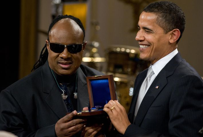 US President Barack Obama presents music